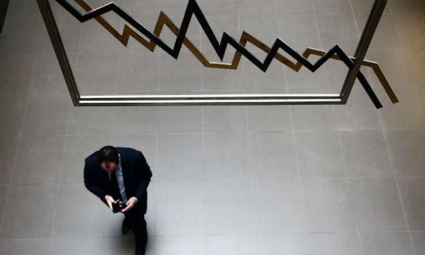 Baixo desempenho da atividade econômica