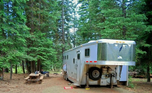 7 Tips for Safe Overnight Camping With Your Horse Trailer