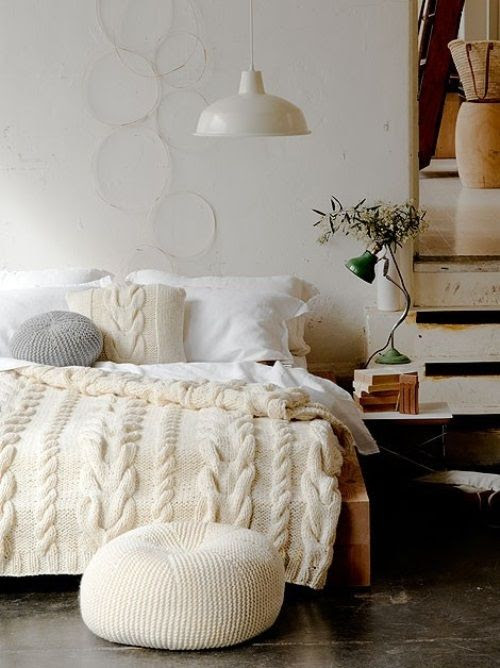 How to Add Warmth to your Bedroom this Winter #bedroom #winter #bedding