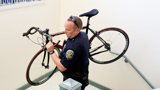 Police Use High-Tech Lures to Reel in Bike Thieves - NYTimes.com