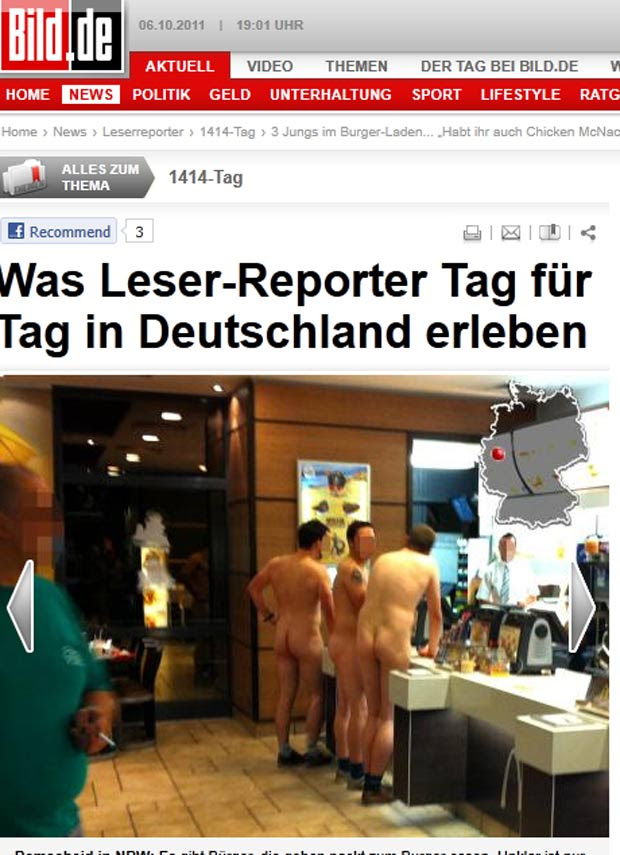Homens foram flagrados nus em um restaurante fast-food na cidade de Remscheid. (Foto: Reprodução/Bild)