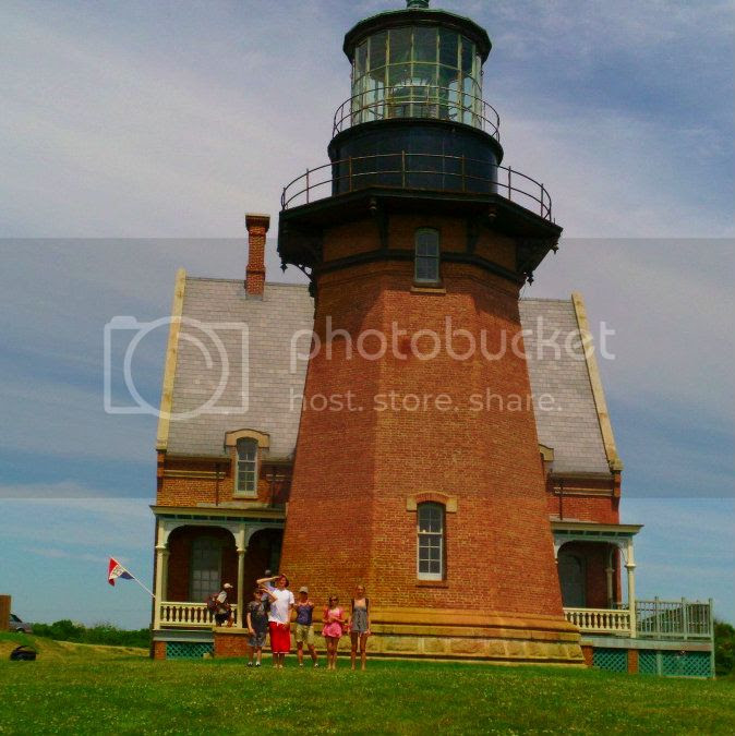 photo lighthouse_zps129f6b51.jpg