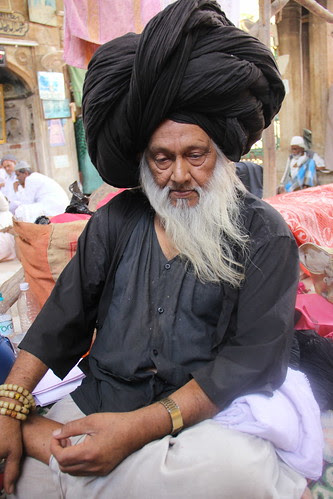 Peer Syed Masoom Ali Madari Asqan ..Ajmer Urus 2013 by firoze shakir photographerno1