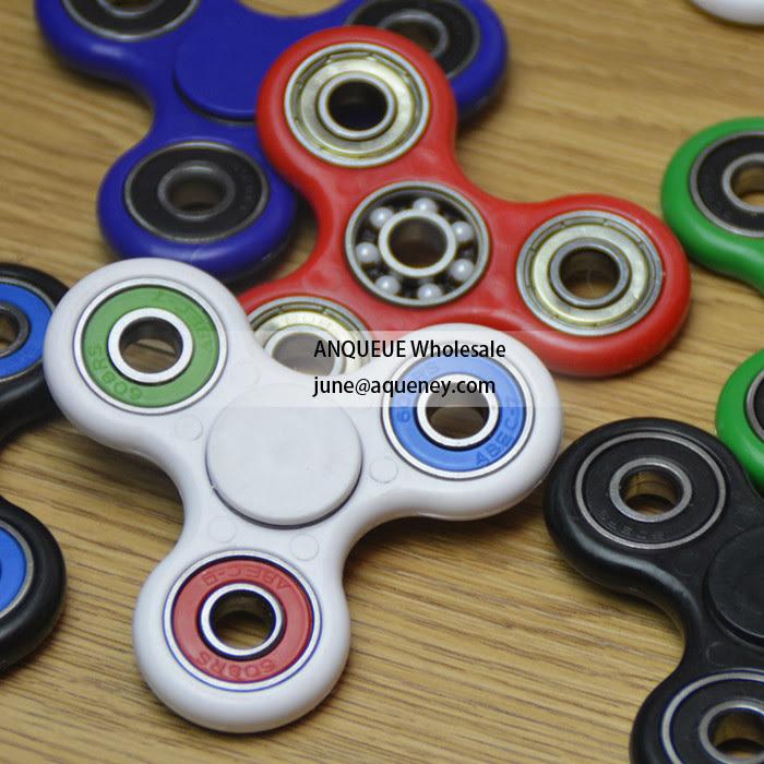 Wholesale Torqbar finger spinner Pepyakka hand spinner Plastic 4