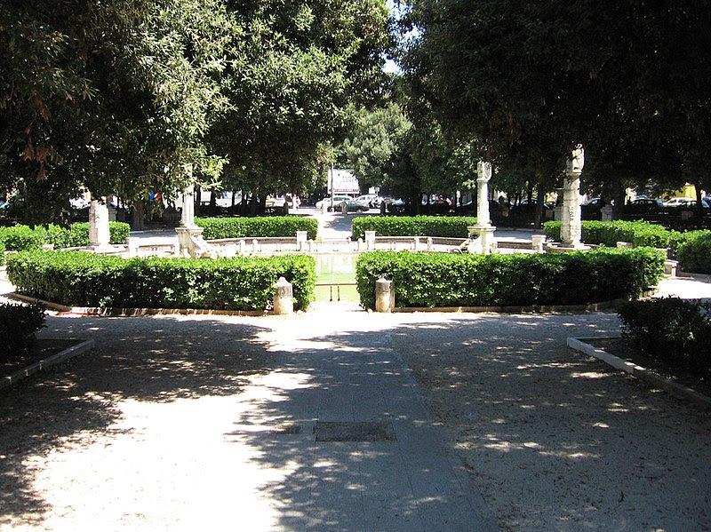 File:Piazzamazzini.jpg