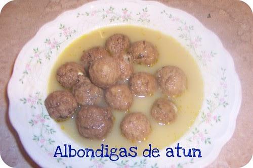 Susurros en mi cocina alb ndigas de at n en sopa for Albondigas de verduras