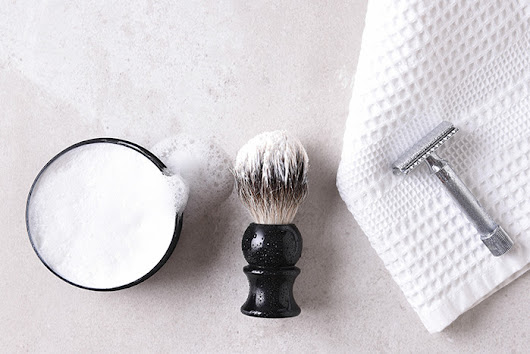 Save Money with Traditional Wet Shaving - Andrea Azzola