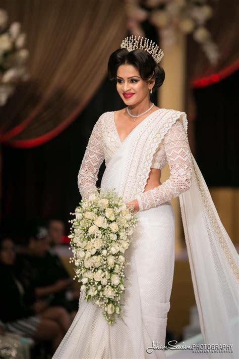 Dhananjaya Bandara bridal   Saree fashions   Wedding