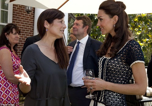 Royal snail  Kate races ahead with her painting at Inner-City Arts  campus whilst William is slow off the mark  19