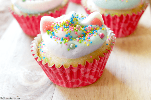 Meowgical Caticorn Cupcakes - My 3 Little Kittens