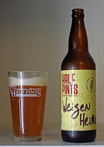 Half Pints' Weizen Heimer Beer by Cody La Bière