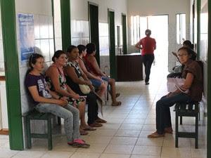 Unidade de Saúde realiza uma média de 1.100 consultas por semana (Foto: Patrícia Andrade/G1)