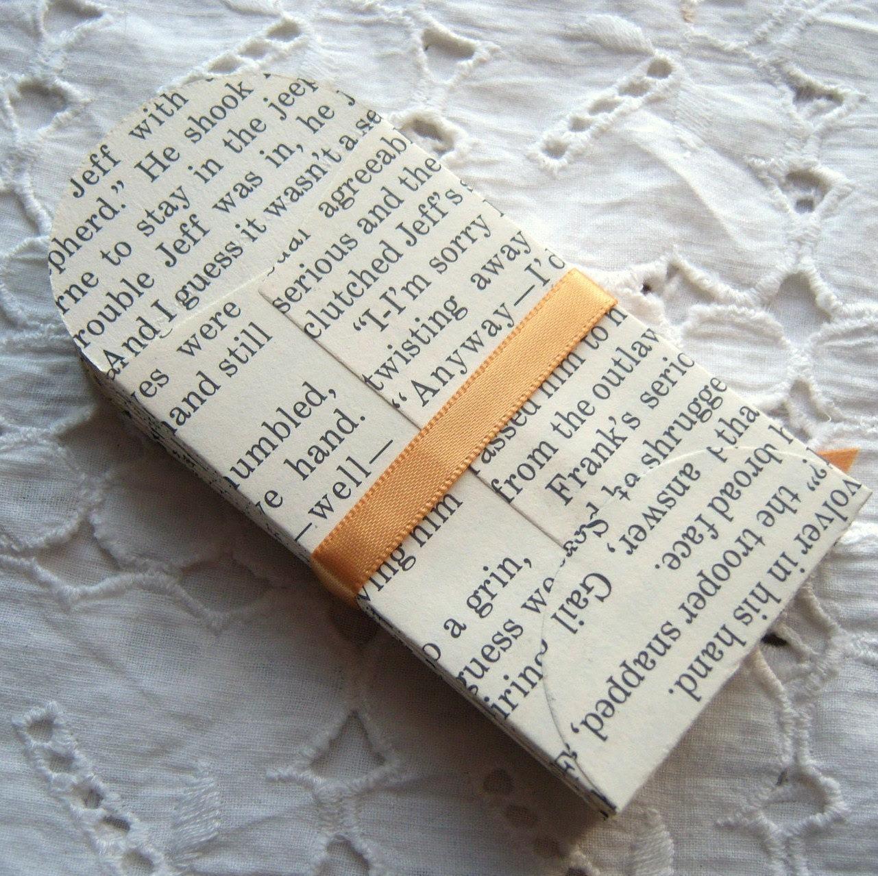 Book Page Manilla Mini Envelopes