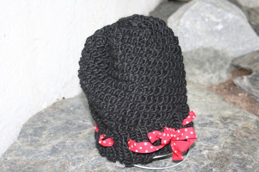 Black Hat With Red & White Polka Dot Ribbon by Vamperstein on Etsy