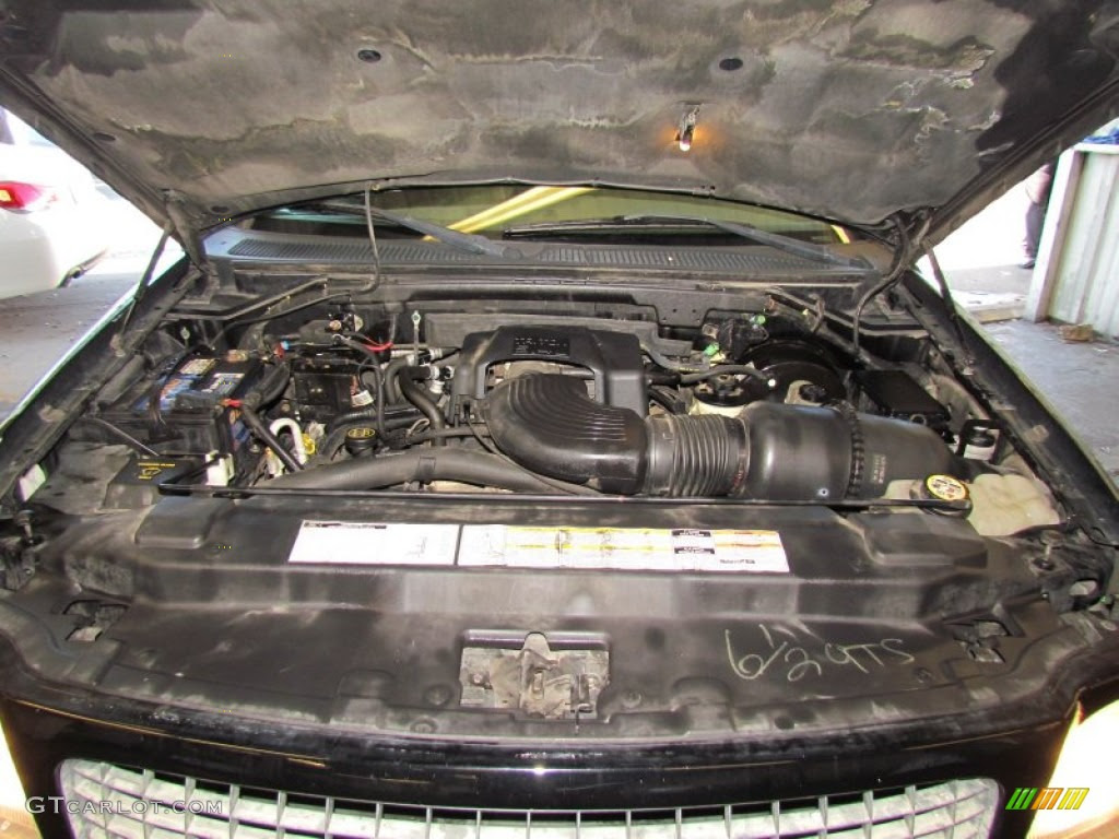 ... Eddie Bauer 5.4 Liter SOHC 16-Valve Triton V8 Engine Photo #58865493