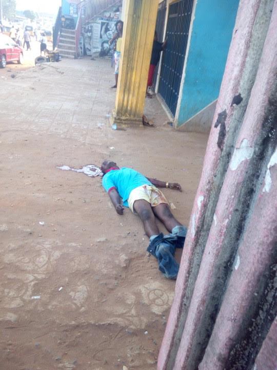 Guy Shot Dead At Imsu Junction, Owerri (Graphic Photo)