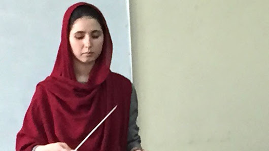 Afghanistan's first female conductor - BBC News