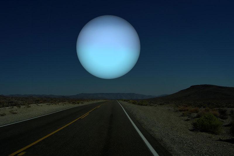 se-Urano-era-da-vicino-a-terra-come-la-luna
