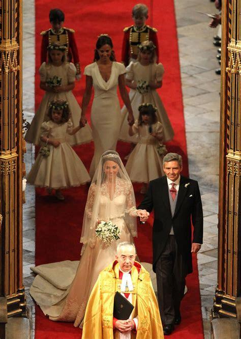 Kate Middleton and Pippa Middleton Photos Photos   Royal