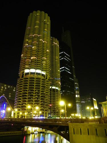 Chicago at night  9.27.2009 (34) - Marina Towers