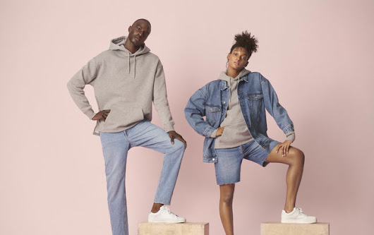 H&M lance une collection de denim unisexe et durable