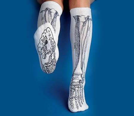 http://www.toxel.com/wp-content/uploads/2009/10/socks04.jpg