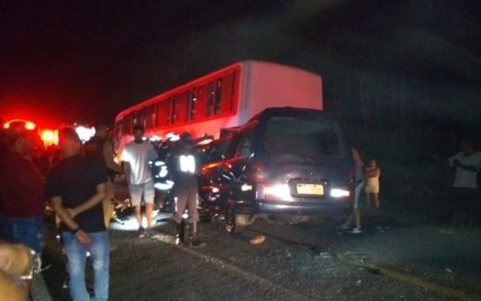 MORTES NA ESTRADA | Responsável pelo ônibus envolvido em acidente será indiciado pela polícia