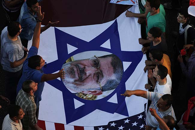 PA 16947696 Egypt deposes the Muslim Brotherhood: the best Anti Obama banners
