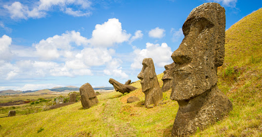 A spectacular Easter Island photo journey - Wandering Wagars
