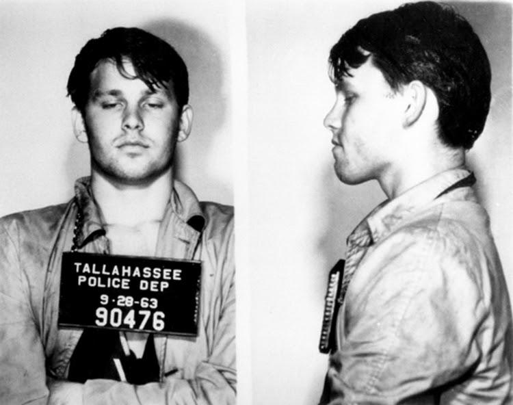 Ficha policial de Jim Morrison tras su arresto