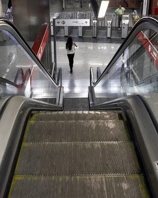 Imagen de este pasado lunes, 17 de septiembre, de la estación de metro y cercanías de Sol, en Madrid, jornada en la que también estaban convocados paros parciales.-