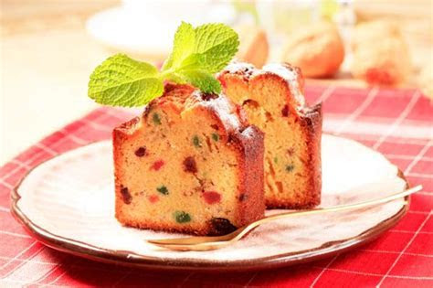 Royal wedding fruitcake