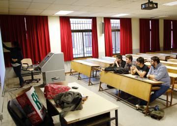 La huelga tiene más eco en institutos y facultades que en los colegios