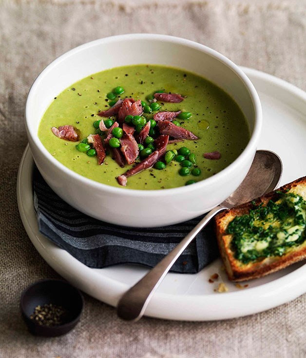 Pea and ham soup ::