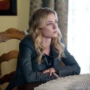 """Emily VanCamp em cena de """"Revenge"""""""