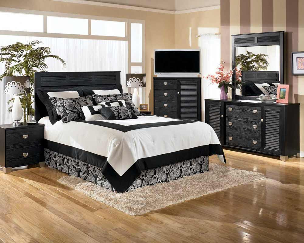 Bedroom Curtains and Drapes Selections | Feel The Home