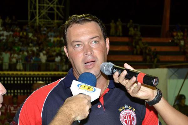 O técnico Roberto Fernandes acha que nada está ganho