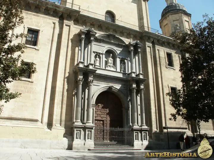 Iglesia del Sagrario (Granada). Portada