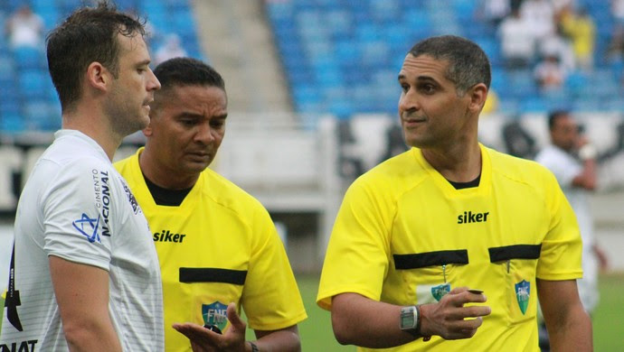 Suelson Diógenes de França Medeiros árbitro (Foto: Fabiano de Oliveira/GloboEsporte.com)
