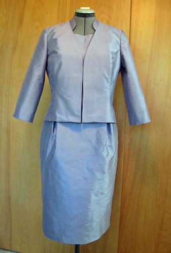 E silk dress with jacket