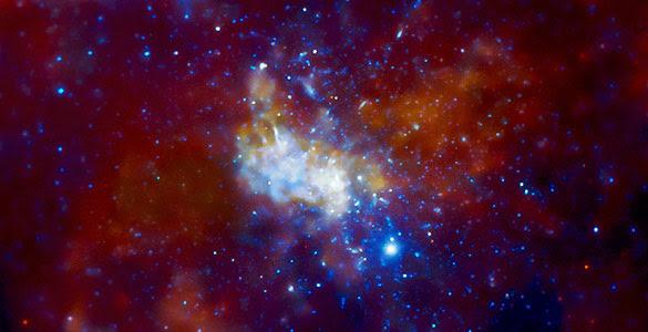 Ilustración del agujero negro supermasivo del centro de la Vía Láctea