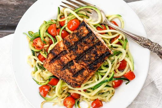 Blackened Salmon with Garlic Zucchini Noodles - Personalized Nutrition Concepts