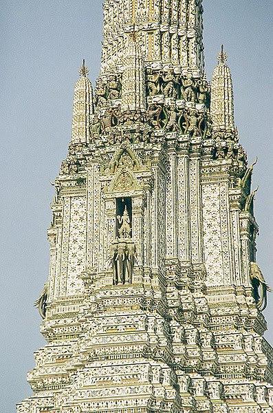 File:Bangkok Wat Arun Phra Prang  detail01.jpg