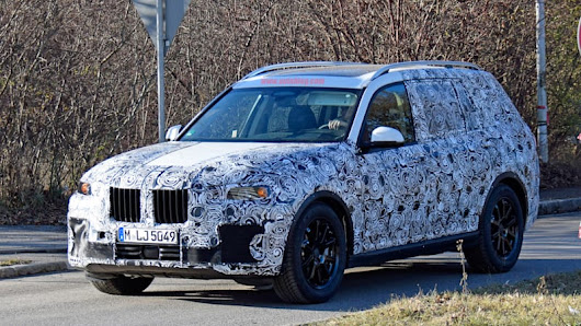 We finally get a look at BMW's X7 three-row crossover