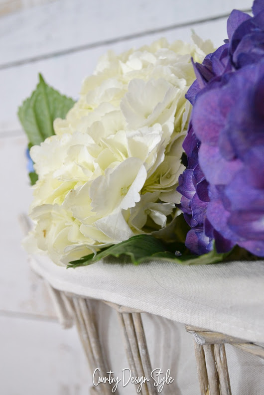 Drying Hydrangeas and Keeping Fresh Longer - Country Design Style