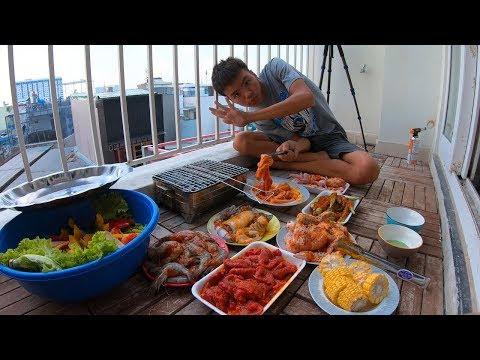 Tự Làm Tiệc Buffet Nướng Trong Không Gian Siêu Nhỏ Tại Sài Gòn