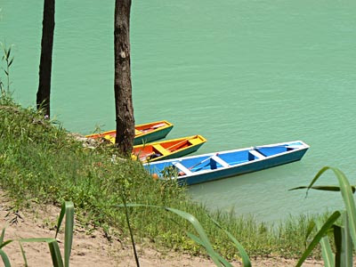 les barques attendent .jpg