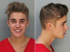 Fotos de Justin Bieber detido pela polícia de Miami nesta quinta-feira (23) (Foto: Miami Dade County Jail/AP)