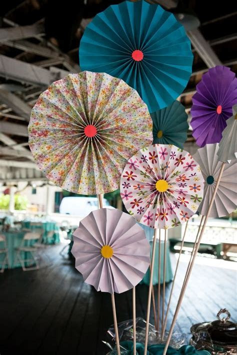 25  best ideas about Paper Pinwheels on Pinterest   Paper