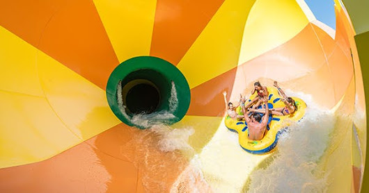 10 Waterparks Worth Traveling For (Your Kids Will Thank You)